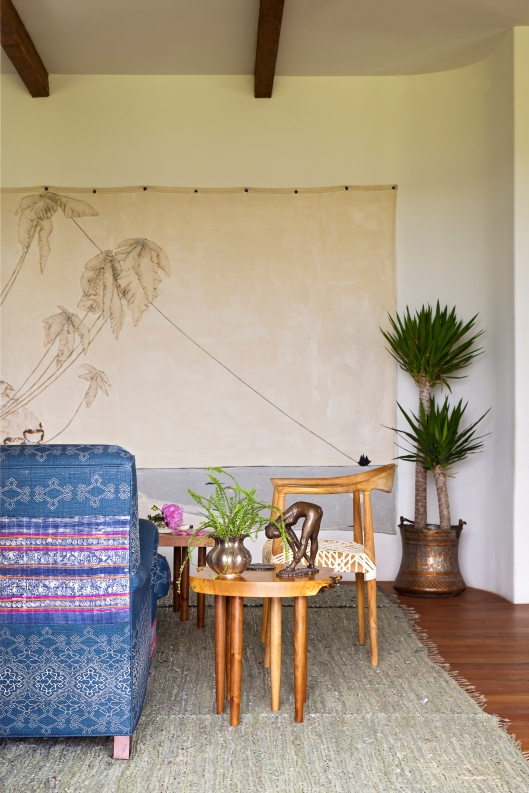 John's Island living room by Abney & Morton Interiors
